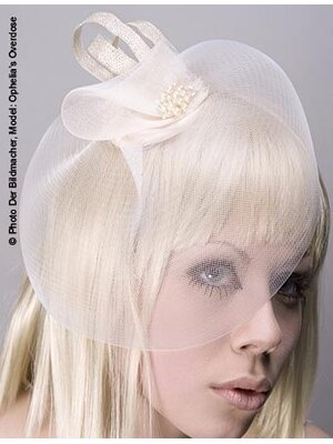 Pearl Bride Fascinator